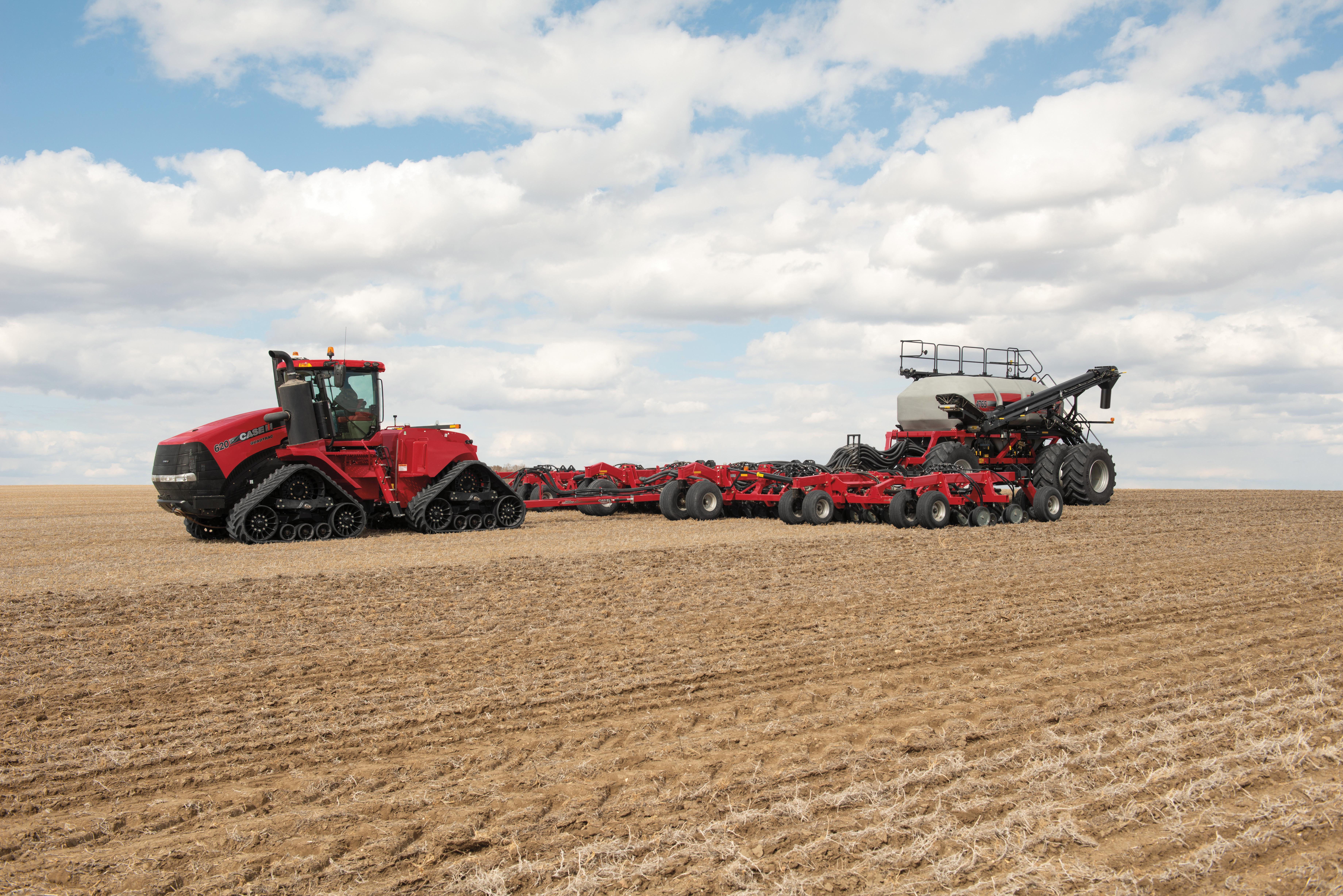 FFT – Seeding Equipment – Rocky Mountain Equipment – Case IH Quadtrac and Seeding Assembly